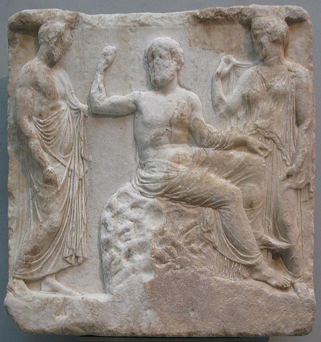 Вотивный рельеф с изображением Асклепия и богини Эпионы. 400 г. до н.э.
